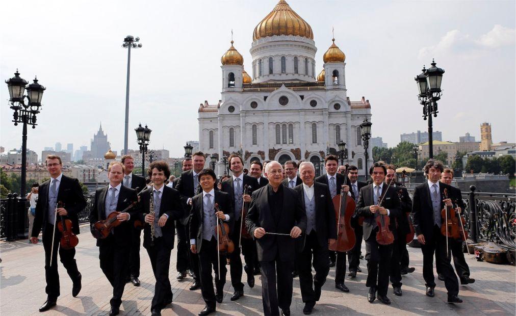 Международный фестиваль «Москва встречает друзей» http://travelcalendar.ru/wp-content/uploads/2016/04/Mezhdunarodnyj-festival-Moskva-vstrechaet-druzej-_glav10.jpg