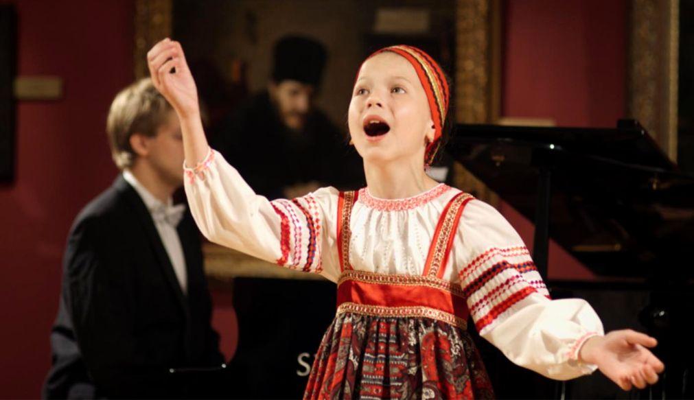 Международный фестиваль «Москва встречает друзей» http://travelcalendar.ru/wp-content/uploads/2016/04/Mezhdunarodnyj-festival-Moskva-vstrechaet-druzej-_glav3.jpg