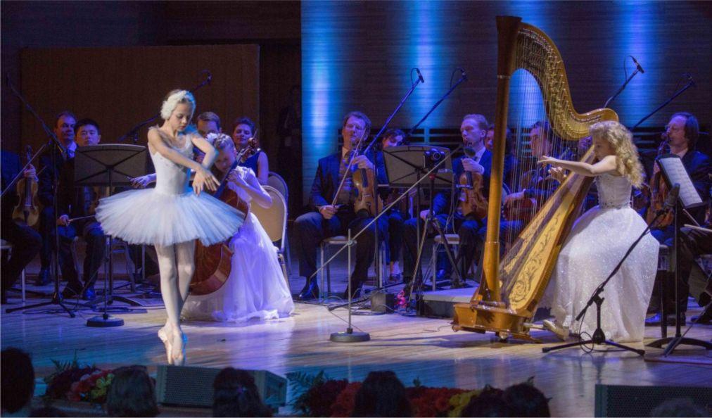 Международный фестиваль «Москва встречает друзей» http://travelcalendar.ru/wp-content/uploads/2016/04/Mezhdunarodnyj-festival-Moskva-vstrechaet-druzej-_glav7.jpg