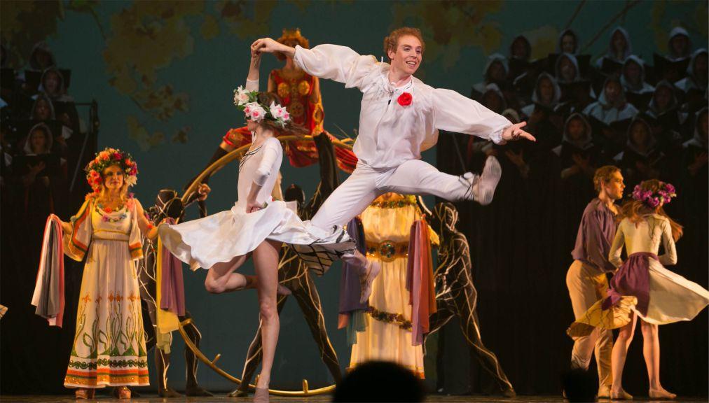 Международный фестиваль классического балета им. Рудольфа Нуриева в Казани http://travelcalendar.ru/wp-content/uploads/2016/04/Mezhdunarodnyj-festival-klassicheskogo-baleta-im.-Rudolfa-Nurieva-v-Kazani_glav1.jpg