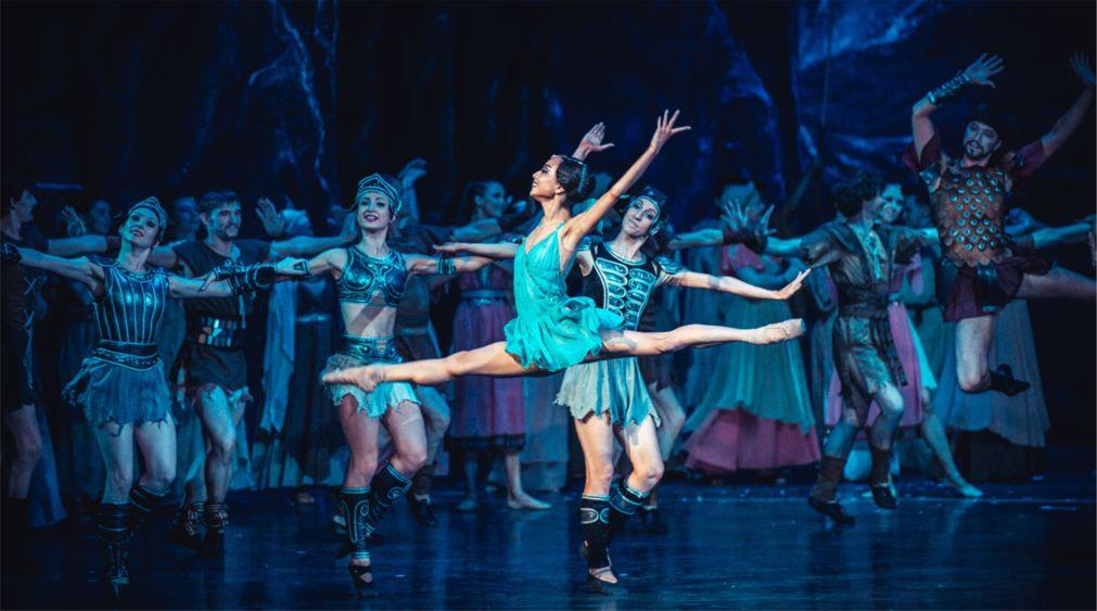 Международный фестиваль классического балета им. Рудольфа Нуриева в Казани http://travelcalendar.ru/wp-content/uploads/2016/04/Mezhdunarodnyj-festival-klassicheskogo-baleta-im.-Rudolfa-Nurieva-v-Kazani_glav2.jpg