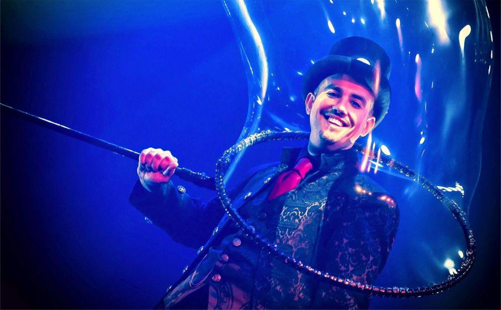 Международный фестиваль магии во Франции http://travelcalendar.ru/wp-content/uploads/2016/04/Mezhdunarodnyj-festival-magii-vo-Frantsii_glav2.jpg