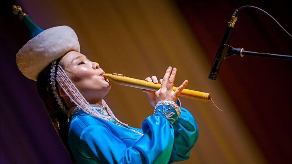 Международный музыкальный фестиваль «Голос кочевников» в Улан-Удэ http://travelcalendar.ru/wp-content/uploads/2016/04/Mezhdunarodnyj-muzykalnyj-festival-Golos-kochevnikov-v-Ulan-Ude_glav3.jpg