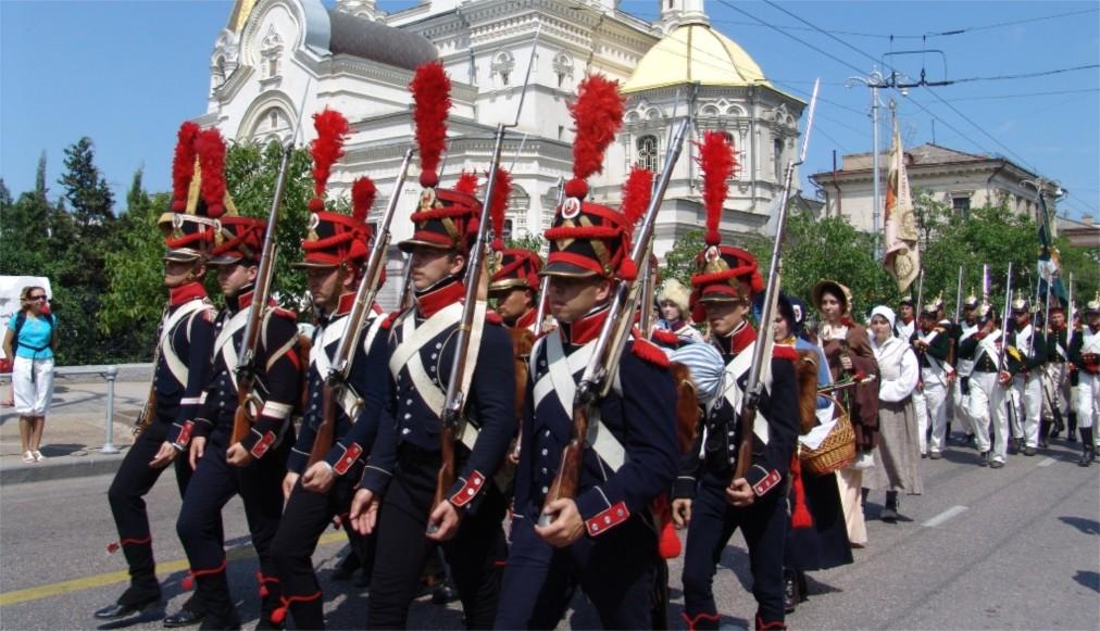 Международный военно-музыкальный фестиваль «Спасская башня» в Москве http://travelcalendar.ru/wp-content/uploads/2016/04/Mezhdunarodnyj-voenno-muzykalnyj-festival-Spasskaya-bashnya-v-Moskve_glav1.jpg