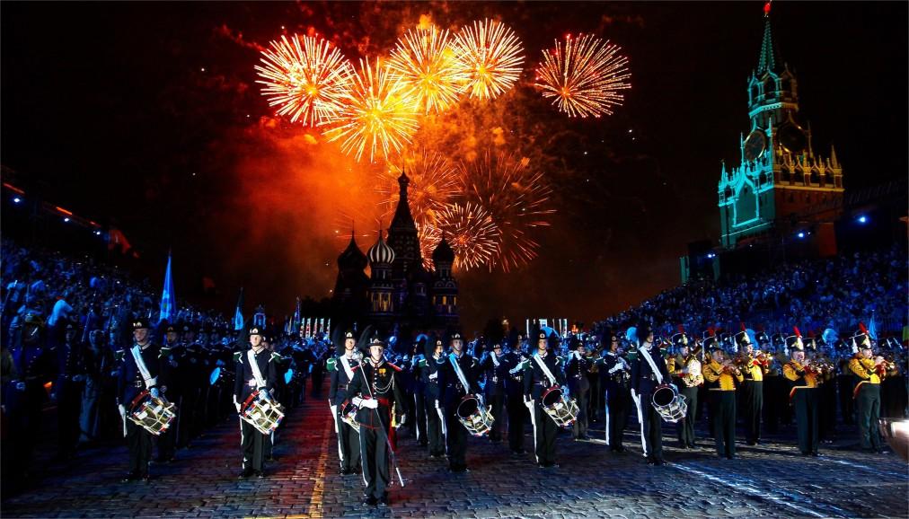 Международный военно-музыкальный фестиваль «Спасская башня» в Москве http://travelcalendar.ru/wp-content/uploads/2016/04/Mezhdunarodnyj-voenno-muzykalnyj-festival-Spasskaya-bashnya-v-Moskve_glav7.jpg