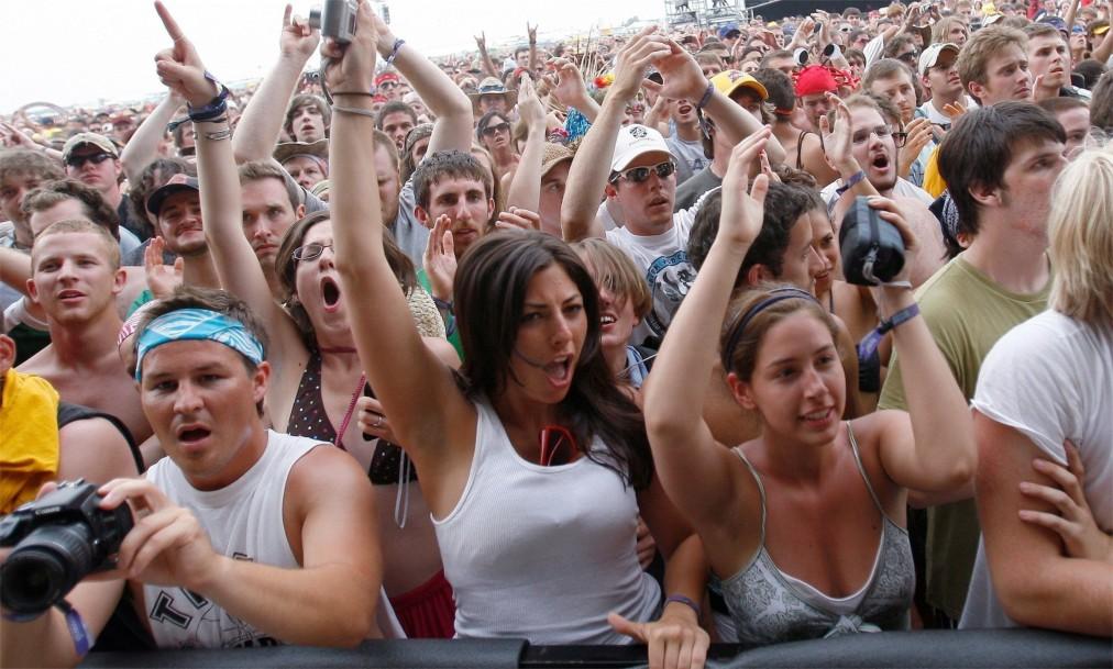 Музыкальный фестиваль «Боннару» в Манчестере http://travelcalendar.ru/wp-content/uploads/2016/04/Muzykalnyj-festival-Bonnaru-v-Manchestere_glav5.jpg