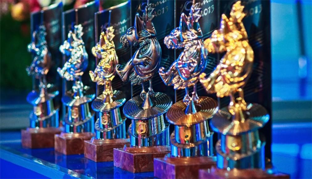 Музыкальный фестиваль «Голосящий КиВиН» в Светлогорске http://travelcalendar.ru/wp-content/uploads/2016/04/Muzykalnyj-festival-Golosyashhij-KiViN-v-Svetlogorske_glav2.jpg
