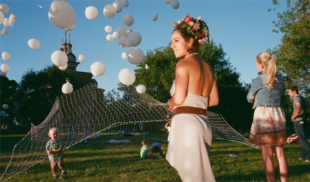 Музыкальный фестиваль «Пикник Афиши» в Москве http://travelcalendar.ru/wp-content/uploads/2016/04/Muzykalnyj-festival-Piknik-Afishi-v-Moskve_glav9.jpg