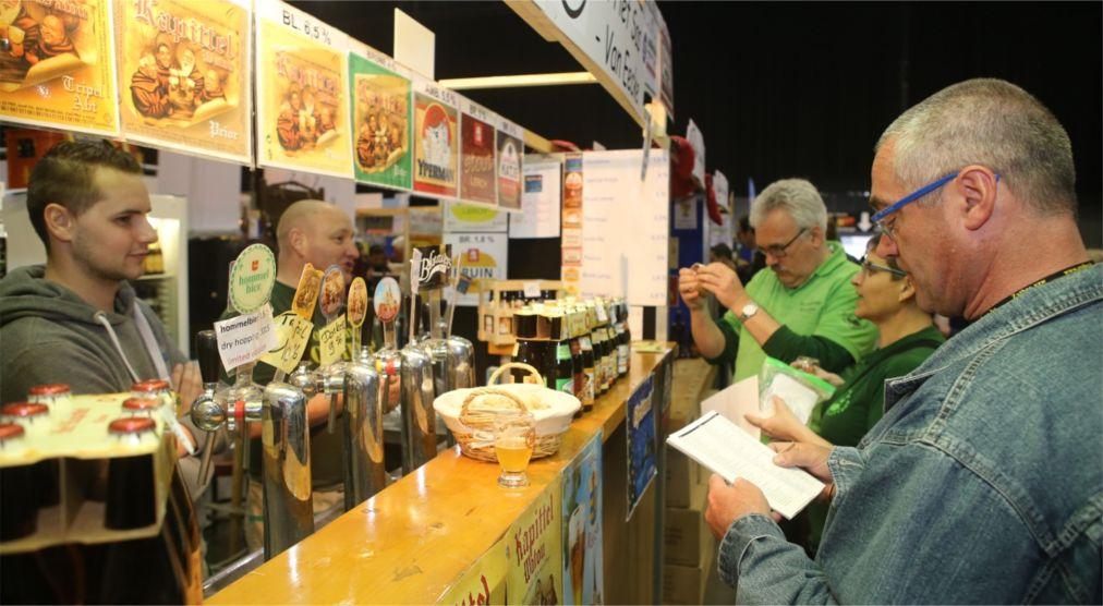 Пивной фестиваль Zythos в Лёвене http://travelcalendar.ru/wp-content/uploads/2016/04/Pivnoj-festival-Zythos-v-Lyovene_glav2.jpg