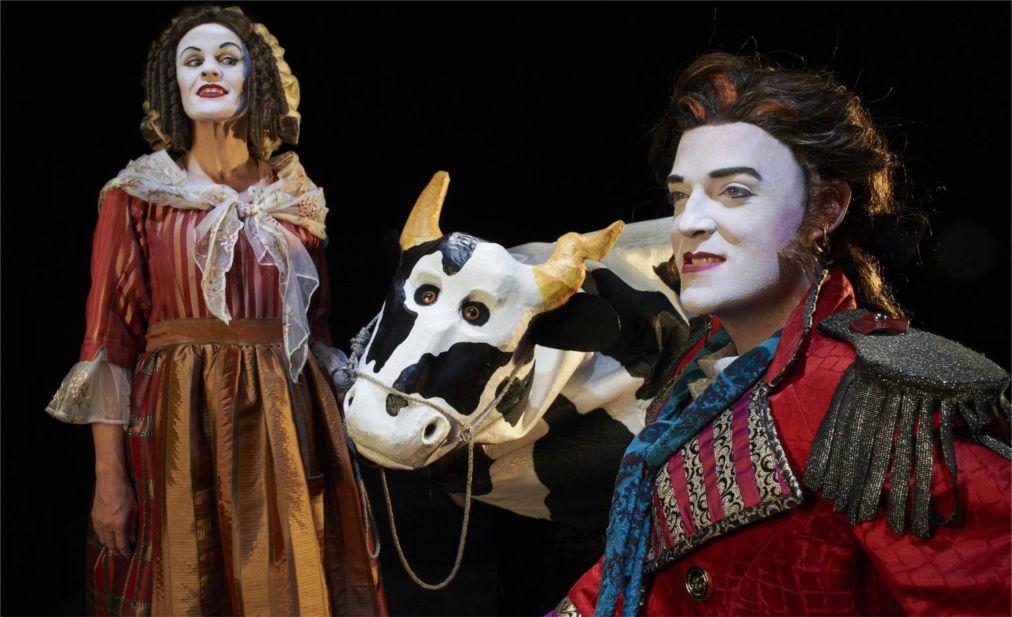 Театральный фестиваль «Магнетик» в Оттаве http://travelcalendar.ru/wp-content/uploads/2016/04/Teatralnyj-festival-Magnetik-v-Ottave_glav1.jpg