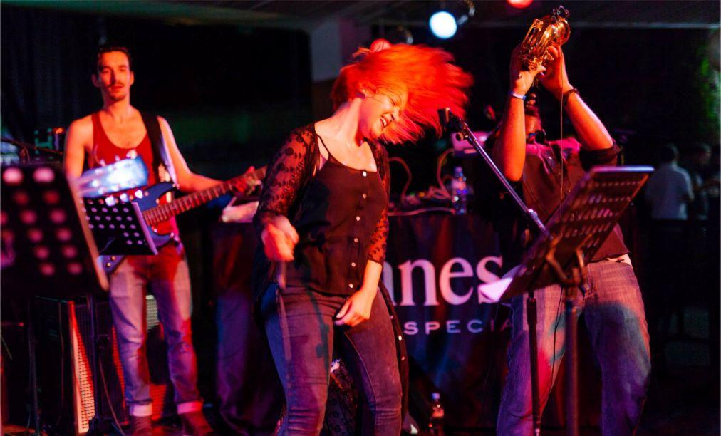Джазовый фестиваль Black Sea в Батуми http://travelcalendar.ru/wp-content/uploads/2016/05/Dzhazovyj-festival-Black-Sea-v-Batumi_glav3.jpg