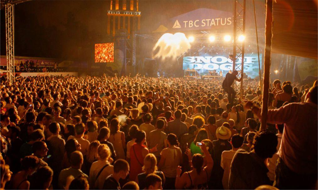 Джазовый фестиваль Black Sea в Батуми http://travelcalendar.ru/wp-content/uploads/2016/05/Dzhazovyj-festival-Black-Sea-v-Batumi_glav4.jpg