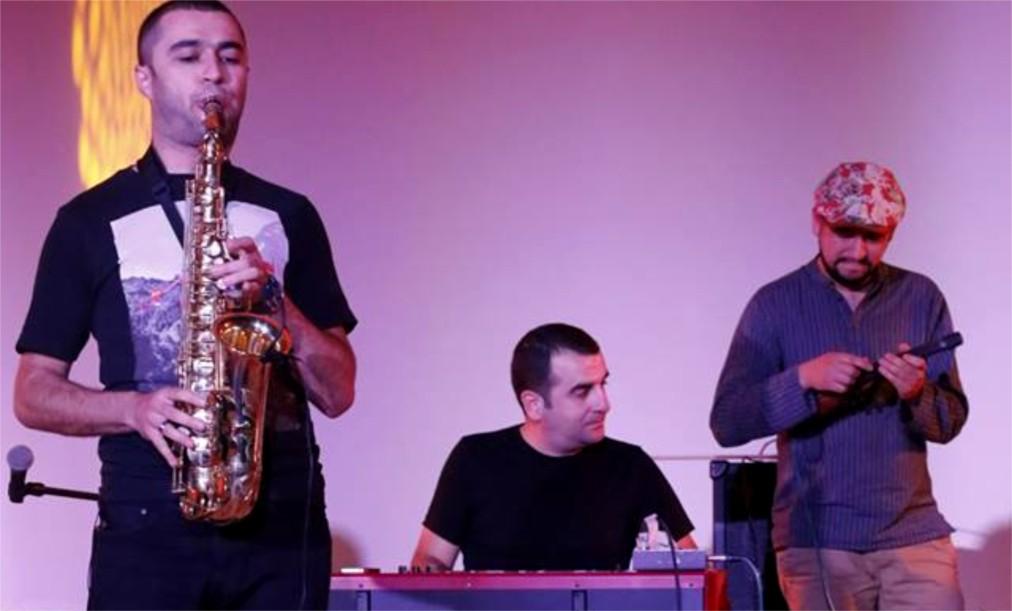 Фестиваль Kavkaz Jazz в Тбилиси http://travelcalendar.ru/wp-content/uploads/2016/05/Festival-Kavkaz-Jazz-v-Tbilisi_glav2.jpg