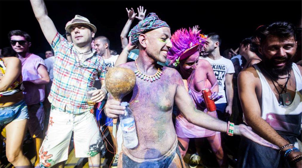 Фестиваль электронной музыки GEM Fest в Анаклии http://travelcalendar.ru/wp-content/uploads/2016/05/Festival-elektronnoj-muzyki-GEM-Fest-v-Anaklii_glav6.jpg