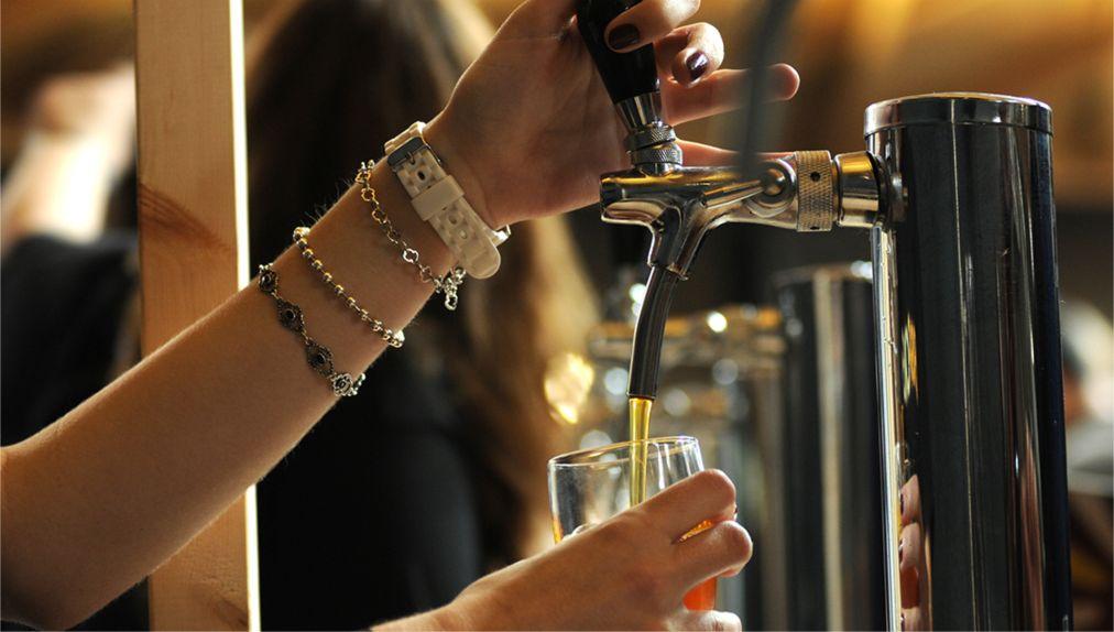 Фестиваль крафтового пива Hoopla в Барселоне http://travelcalendar.ru/wp-content/uploads/2016/05/Festival-kraftovogo-piva-Hoopla-v-Barselone_glav4.jpg