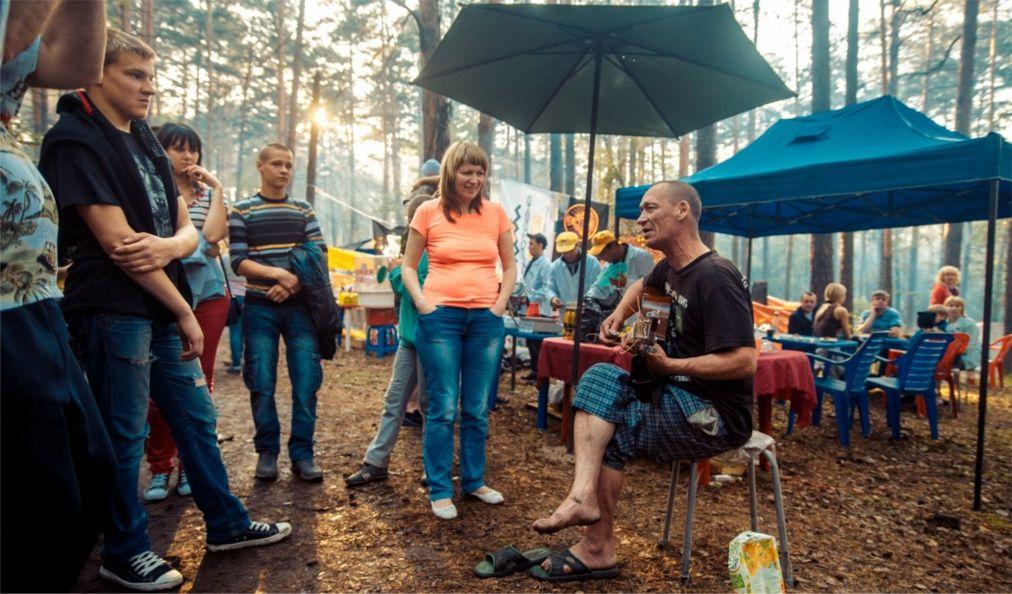 Ильменский фестиваль в Миассе http://travelcalendar.ru/wp-content/uploads/2016/05/Ilmenskij-festival-v-Miasse_glav1.jpg