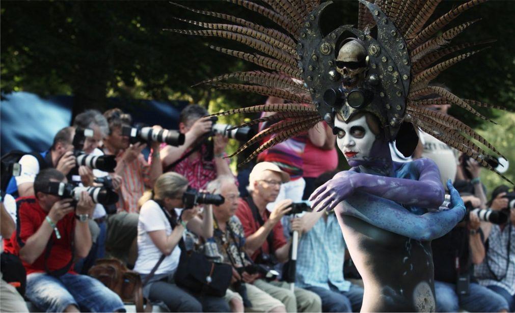 Мировой фестиваль бодиарта в Пёрчах-ам-Вёртер-Зе http://travelcalendar.ru/wp-content/uploads/2016/05/Mirovoj-festival-bodiarta-v-Pyorchah-am-Vyorter-Ze_glav10.jpg