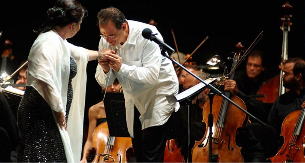 Музыкальный фестиваль «Сани» на Халкидики http://travelcalendar.ru/wp-content/uploads/2016/05/Muzykalnyj-festival-Sani-na-Halkidiki_glav4.jpg