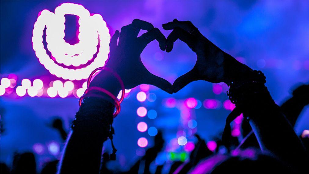 Фестиваль электронной музыки Ultra Europe в Сплите http://travelcalendar.ru/wp-content/uploads/2016/05/Muzykalnyj-festival-Ultra-Europe-v-Splite_glav7.jpg