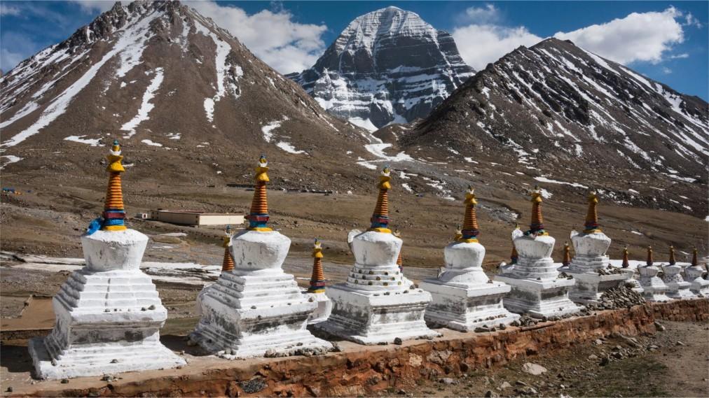 Праздник Сага Дава в Тибете http://travelcalendar.ru/wp-content/uploads/2016/05/Prazdnik-Saga-Dava-v-Tibete_glav1.jpg