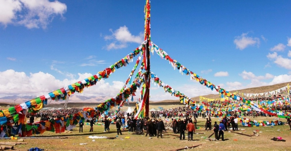 Праздник Сага Дава в Тибете http://travelcalendar.ru/wp-content/uploads/2016/05/Prazdnik-Saga-Dava-v-Tibete_glav4.jpg