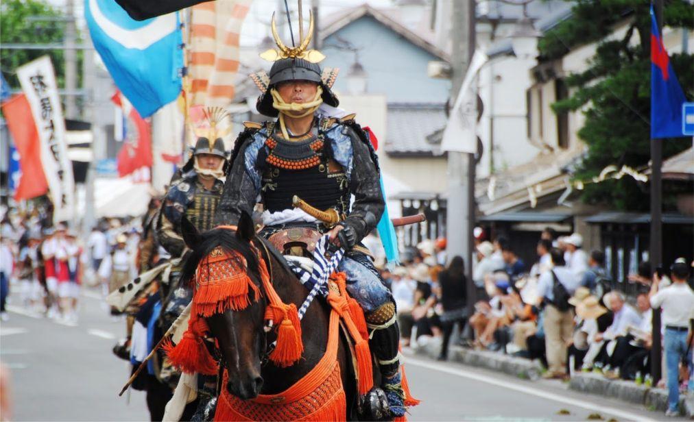 Самурайский фестиваль Сома Нома Ой в Минами-Соме http://travelcalendar.ru/wp-content/uploads/2016/05/Samurajskij-festival-Soma-Noma-Oj-v-Minami-Some_glav3.jpg