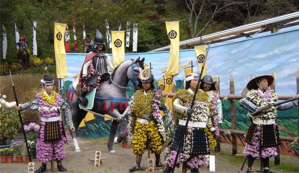 Самурайский фестиваль Сома Нома Ой в Минами-Соме http://travelcalendar.ru/wp-content/uploads/2016/05/Samurajskij-festival-Soma-Noma-Oj-v-Minami-Some_glav5.jpg