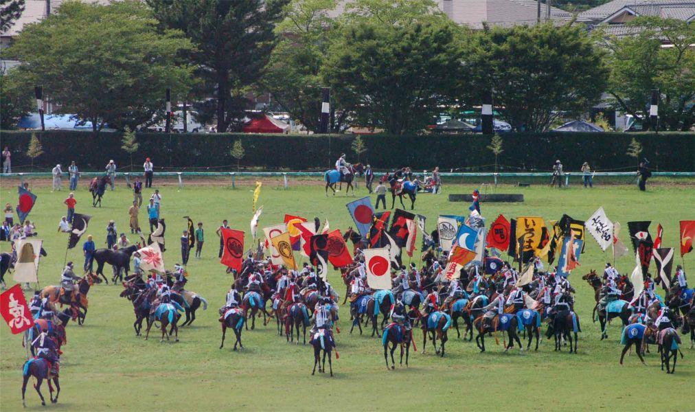 Самурайский фестиваль Сома Нома Ой в Минами-Соме http://travelcalendar.ru/wp-content/uploads/2016/05/Samurajskij-festival-Soma-Noma-Oj-v-Minami-Some_glav6.jpg