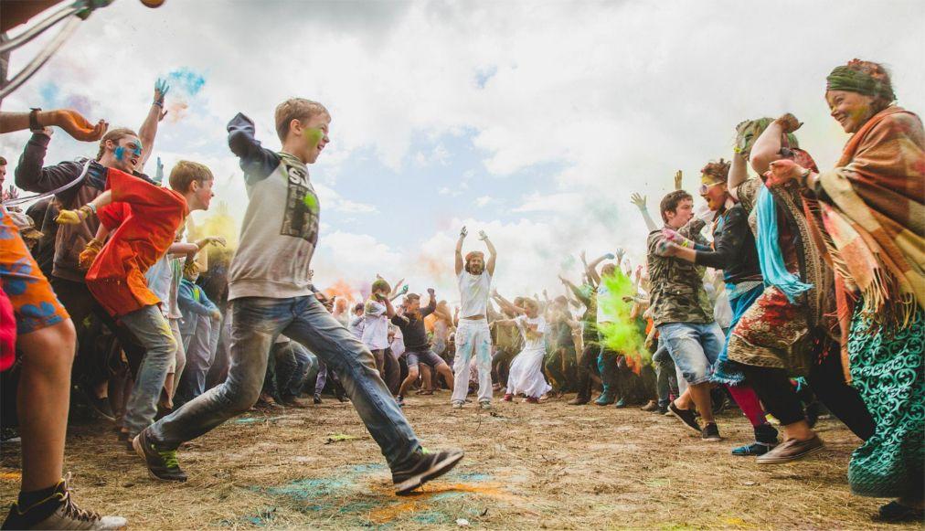 Этнофестиваль «Небо и Земля» в Песьянке http://travelcalendar.ru/wp-content/uploads/2016/06/Etnofestival-Nebo-i-Zemlya-v-Pesyanke_glav3.jpg