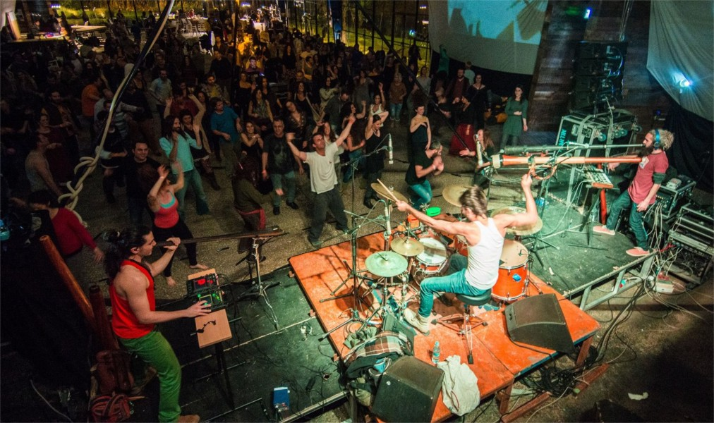 Фестиваль электронной музыки Yaga Gathering в Валькининкае http://travelcalendar.ru/wp-content/uploads/2016/06/Festival-elektronnoj-muzyki-Yaga-Gathering-v-Valkininkae_glav2.jpg