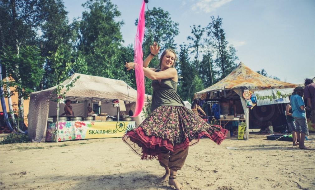 Фестиваль электронной музыки Yaga Gathering в Валькининкае http://travelcalendar.ru/wp-content/uploads/2016/06/Festival-elektronnoj-muzyki-Yaga-Gathering-v-Valkininkae_glav3.jpg