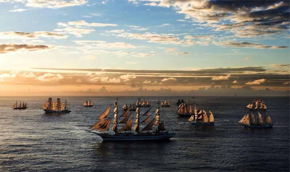 Международная черноморская регата больших парусных судов в Сочи 00f6d3ab81b3035bd640fc903610802b.jpg