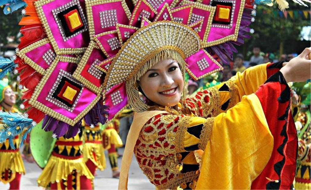 Фестиваль лонгконга в Мамбахао 01f3427a9d7d764fe44cc613656ec32b.jpg