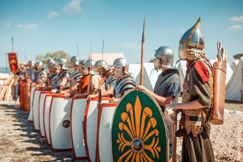Крымский военно-исторический фестиваль в Севастополе 02ab2f4ad030639ff32532a1aab45e1f.jpg