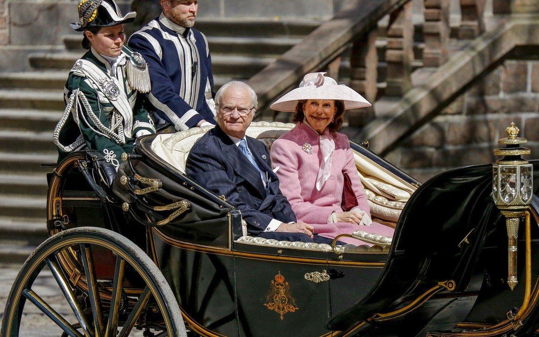 День рождения Короля в Стокгольме 02f6f020f32b7de84df472ec6506c127.jpg