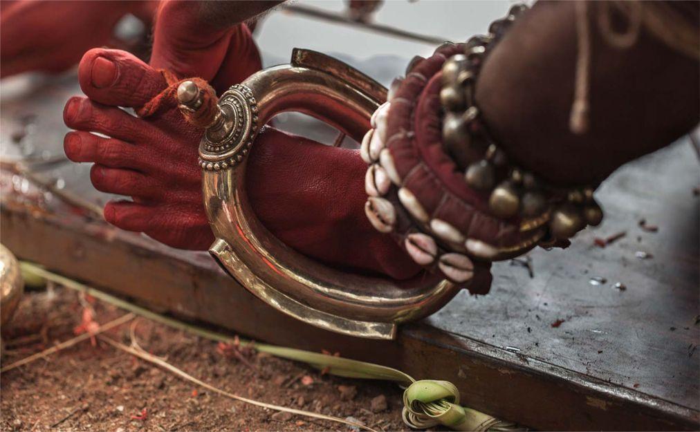 Фестиваль Тейям в Керале 064396340ad33d797df62a3d113e4b8d.jpg