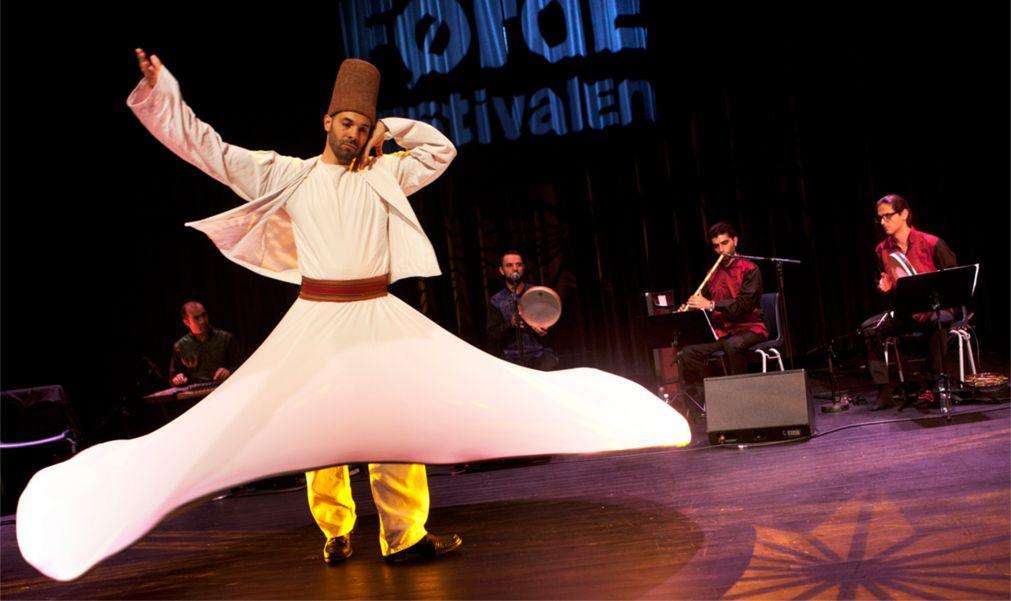 Фестиваль традиционной и мировой музыки в Фёрде 0655ef107e8a082535e7a046e87de5fe.jpg