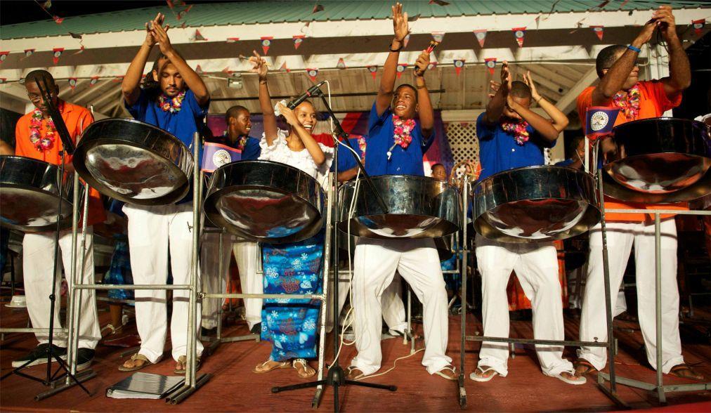 Всемирный фестиваль креольской музыки в Розо 0767e92d23907fc80079ea0725b91704.jpg