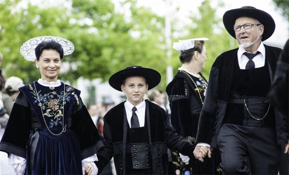 Фестиваль кельтской музыки и культуры в Лорьяне 0797d5c56317099f92854dbe51ccd017.jpg