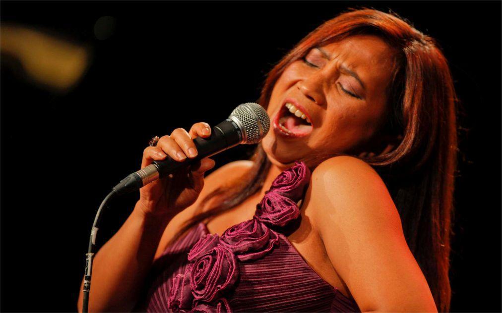 Международный джазовый фестиваль в Убуде 08c9df267edb00d4638eb1d4a387b411.jpg