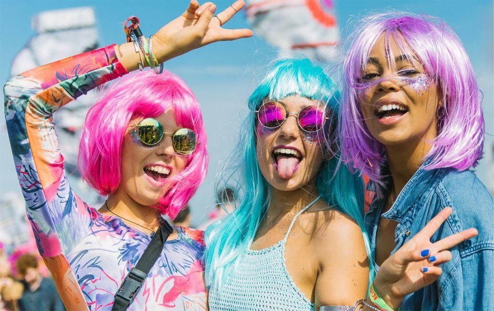 Музыкальный фестиваль Bestival на острове Уайт 08e9022576d77ed5e8fecc7bd2501d70.jpg