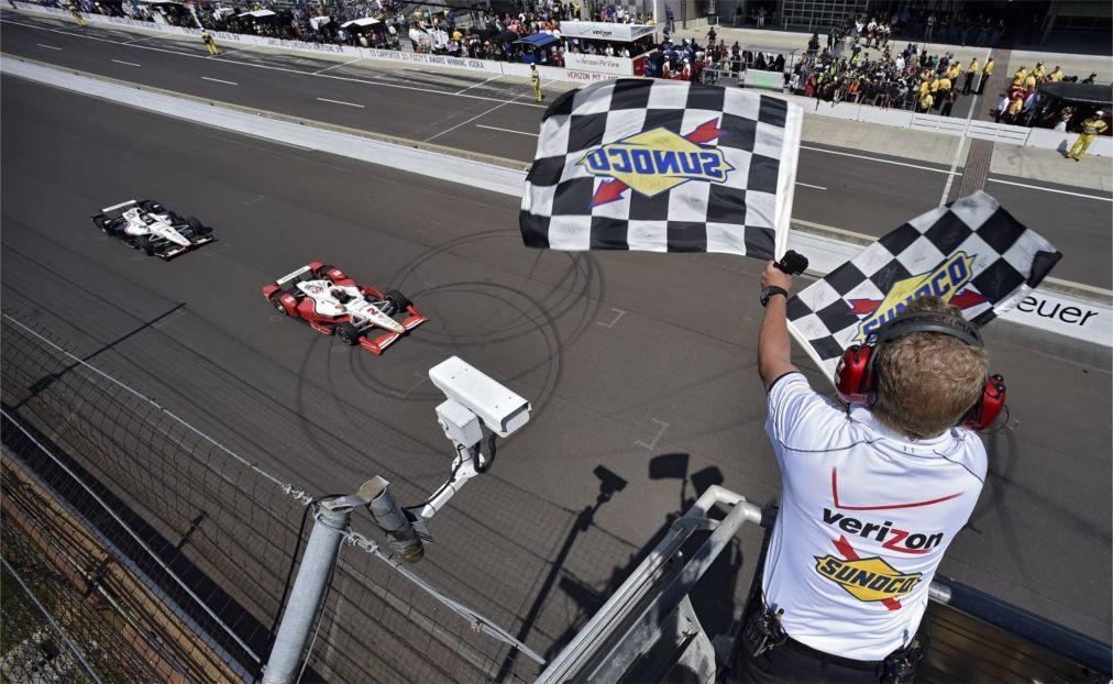 Автомобильная гонка «Indianapolis 500» в Индианаполисе 0a7fecab44eb337973658d5be4cb05d9.jpg