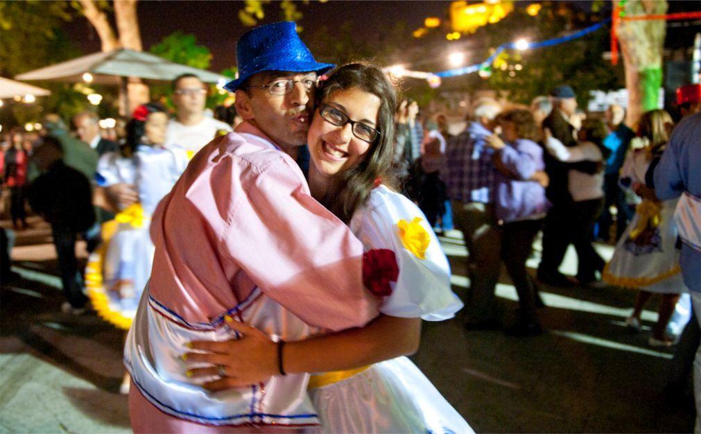 Фестиваль сардин в Лиссабоне 0ad0800fbadeb242c0fd6a3daf59bc8a.jpg