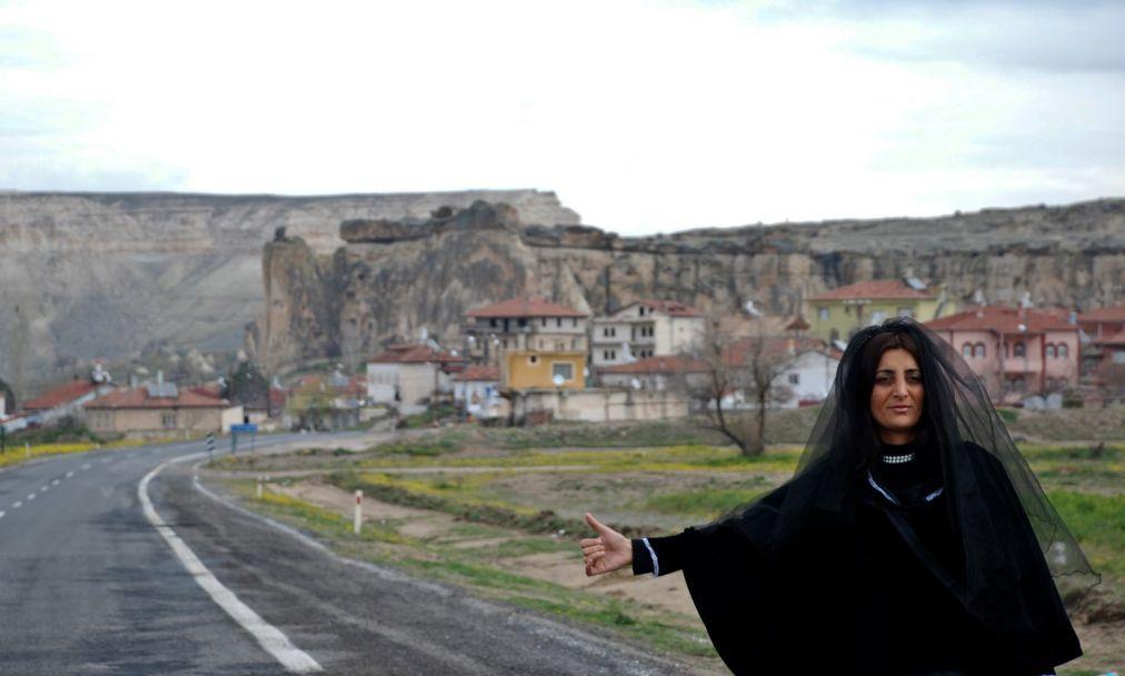 Международный фестиваль женского кино «Летающая метла» в Анкаре 0b61f0c2787022b9c177009508249539.jpg