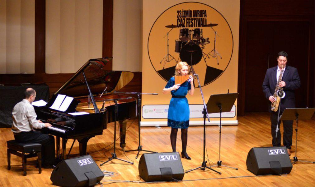 Европейский джазовый фестиваль в Измире 0d045da64a7ab3343e8687f73395f960.jpg