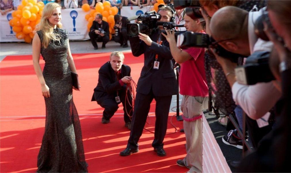 Международный кинофестиваль в Карловых Варах 0e01a5383277639e94a7f00585a8449e.jpg