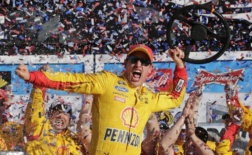 Автомобильная гонка «Daytona 500» в Дейтона-Бич 0eb7ab536ab0eda78401eec3ca6133bc.jpg