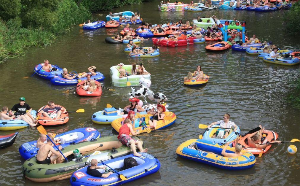 «Пивной сплав» по реке Вантаа 113c9332b0dcfc1a8107afe2081ab346.jpg