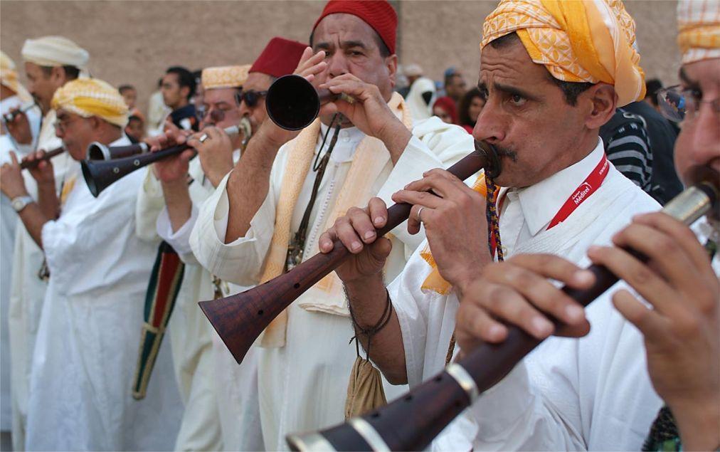 Фестиваль гнауа и этнической музыки в Эссуэйре 11d8b1a2e33c3de41138a031ce3b0cbc.jpg