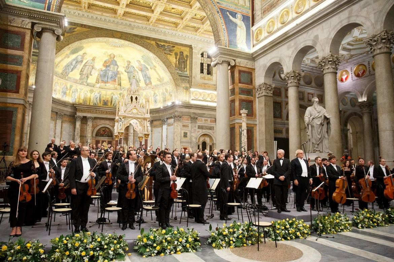 Международный фестиваль духовной музыки и искусства в Ватикане 11fd91fb1772f7da12c66e486b325e0e.jpg